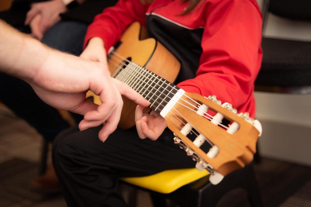 Kindergitarre Test, beste Kindergitarre