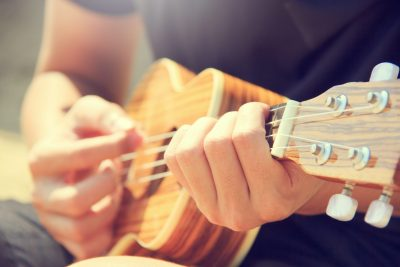 Donner Ukulele Sopran und Konzert